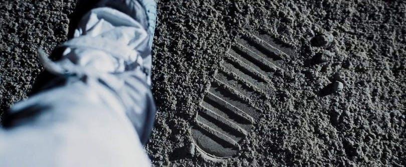 Armstrongs första steg på månen.