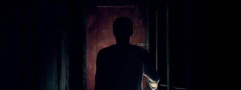Stillbild ur It Comes at Night. Ett skräcktips på Netflix.
