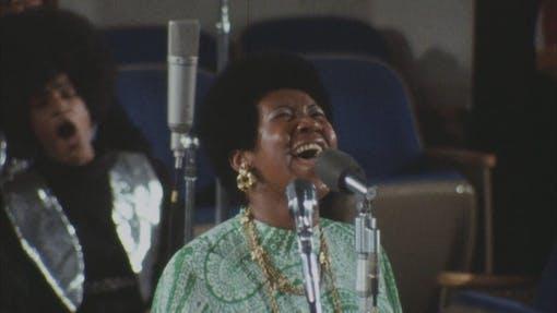 Aretha Franklin sjunger i Amazing Grace