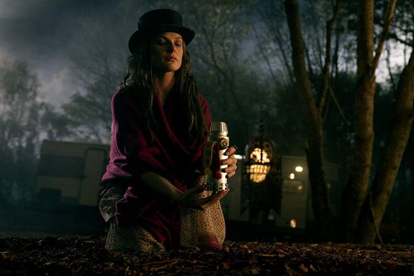 Rebecca Ferguson som Rose the hat i Mike Flanagans Doctor Sleep.