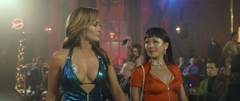 Jennifer Lopez och Constance Wu i ''Hustlers'' (2019).