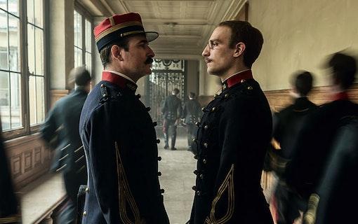 En officer och spion (2019).