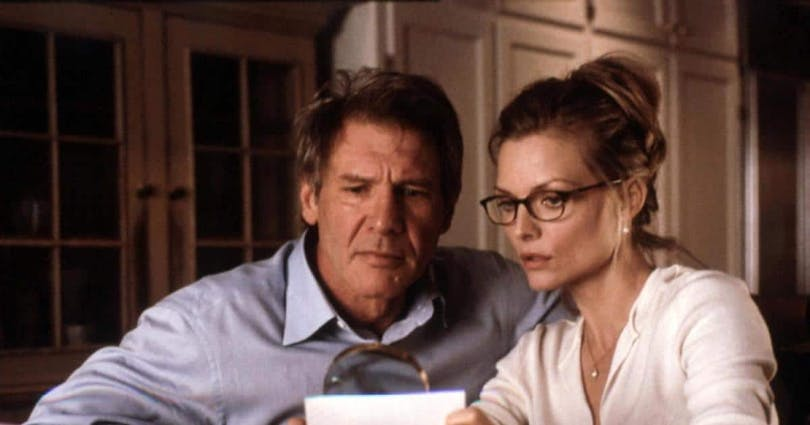 "Harrison Ford och Michelle Pfeiffer i ""Dolt under ytan"" (2000)."