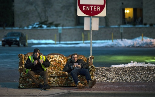 Chris Galust och Maxim Stoyanov tar en paus.