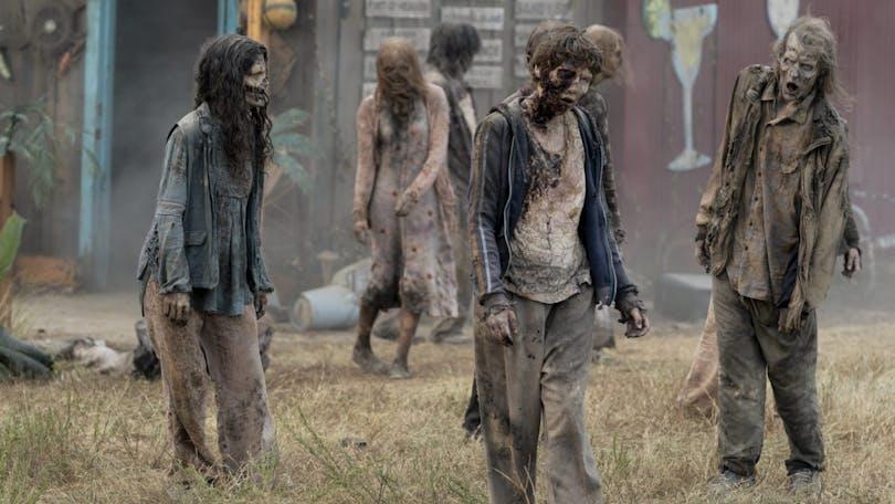 """Mossan växer på zombierna i långköraren """"The Walking Dead""""."""