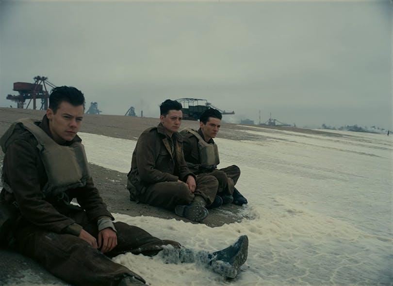 Harry Styles med flera i filmen Dunkirk