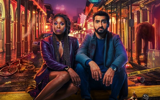 Kumail Nanjiani och Issa Rae i The Lovebirds. Foto: Netflix.