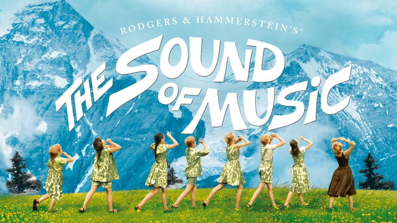 Se Sound of Music på Disney plus.