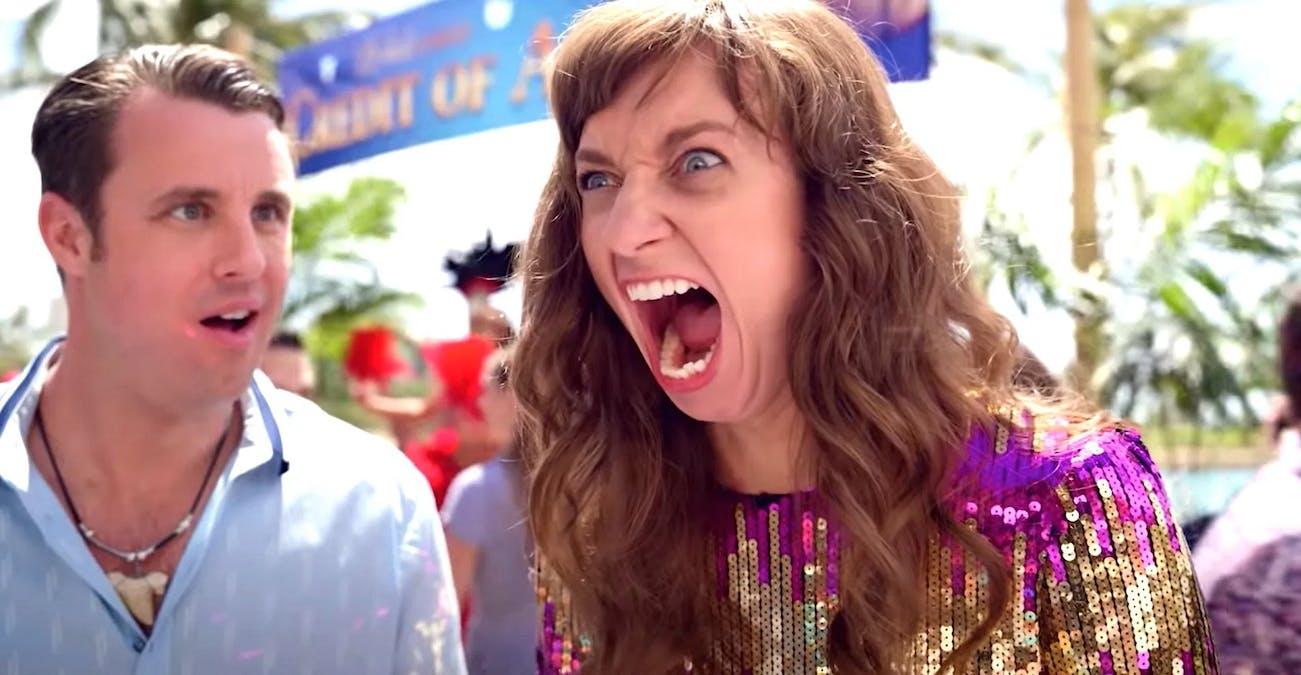 Lauren Lapkus i The Wrong Missy. Foto: Netflix.