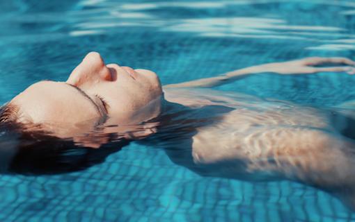 """Svenska långfilmen """"Pool"""" släpps för digitalt hyr & köp 15 maj"""