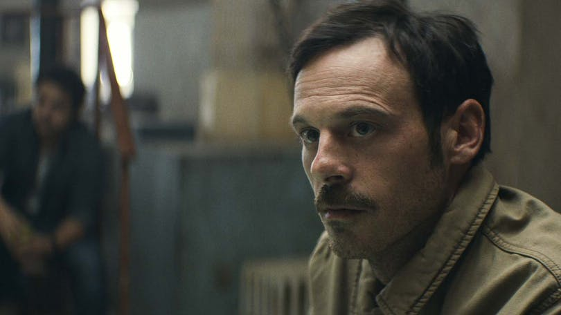 Scoot McNairy i Narcos.