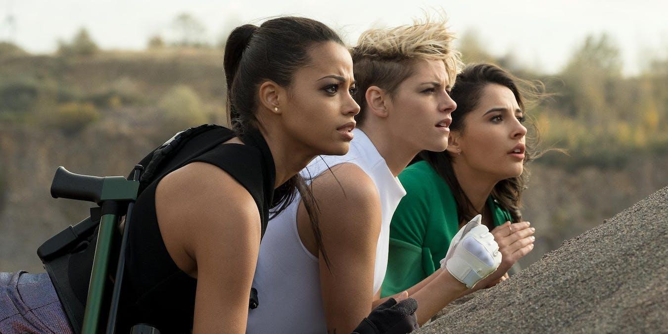 Elizabeth Banks, Kristen Stewart och Ella Balinska i Charlie's Angels. Foto: Sony Pictures Releasing.