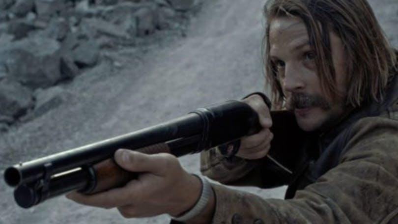 Logan Marshall-Green var en riktigt sammanbiten jävel i Quarry, som bara fick en säsong. Foto: HBO.