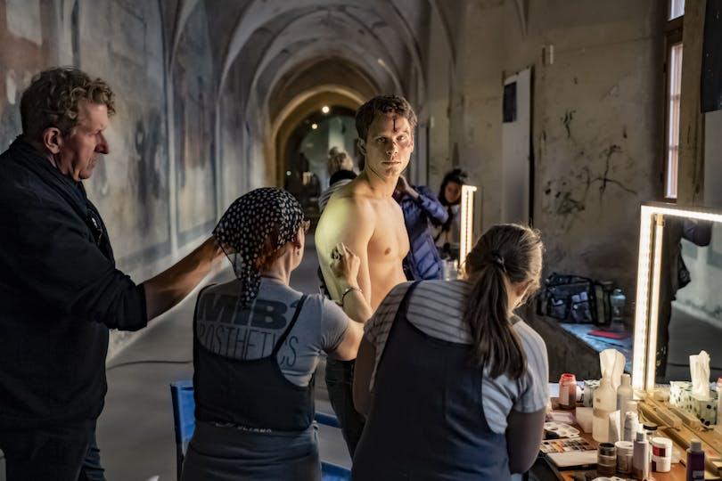 Adam Pålsson som Kurt Wallander.
