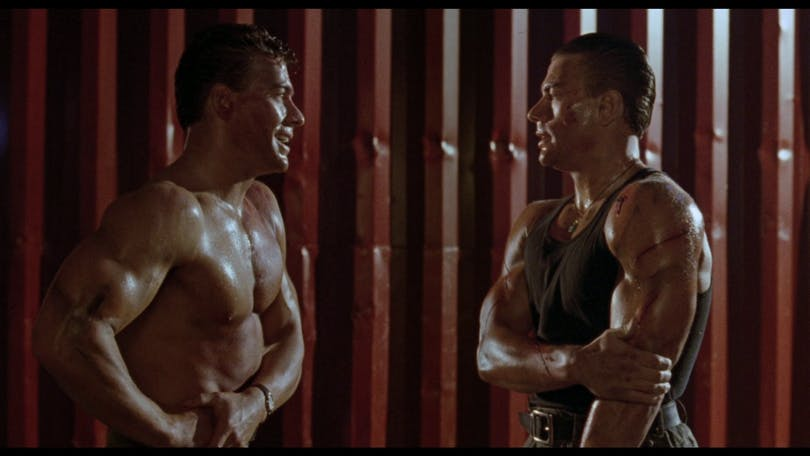 Jean-Clause Van Damme spelar mot sig själv i Double Impact