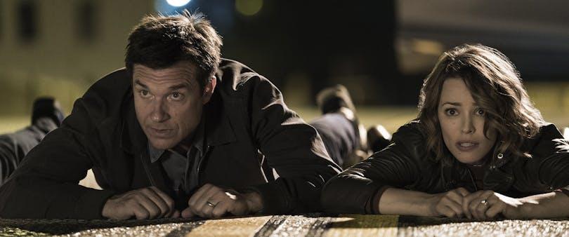 """Jason Bateman och Rachel McAdams i """"Game Night""""."""