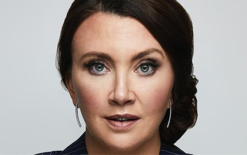 Intervju: Camilla Läckberg om Lyckoviken och Bad Flamingo