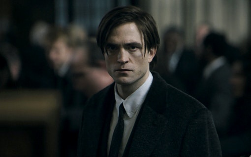 Robert Pattinson som Bruce Wayne