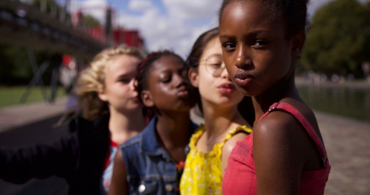 Mignonnes Cuties Netflix movie