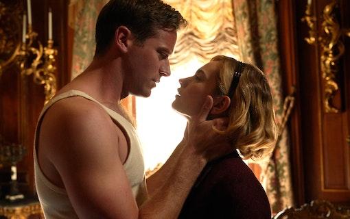 Netflix väcker liv i romantiska thrillern Rebecca