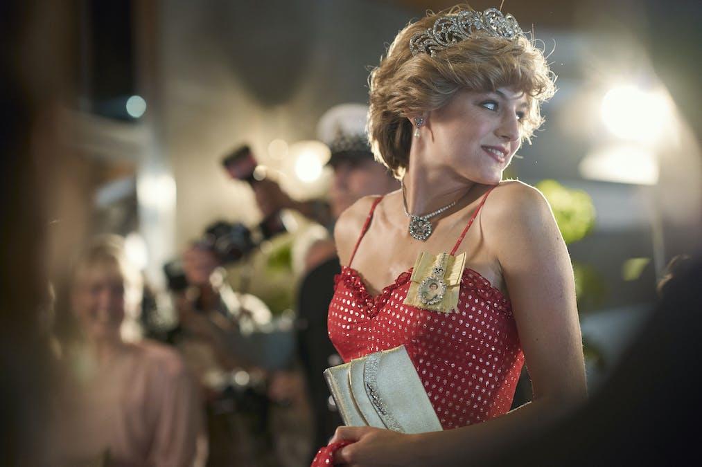 Emma Corrin som Lady Diana