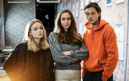 De är med i Viaplays nya serie Threesome