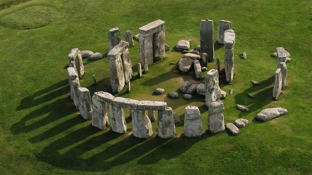 BBC: The World of Stonehenge