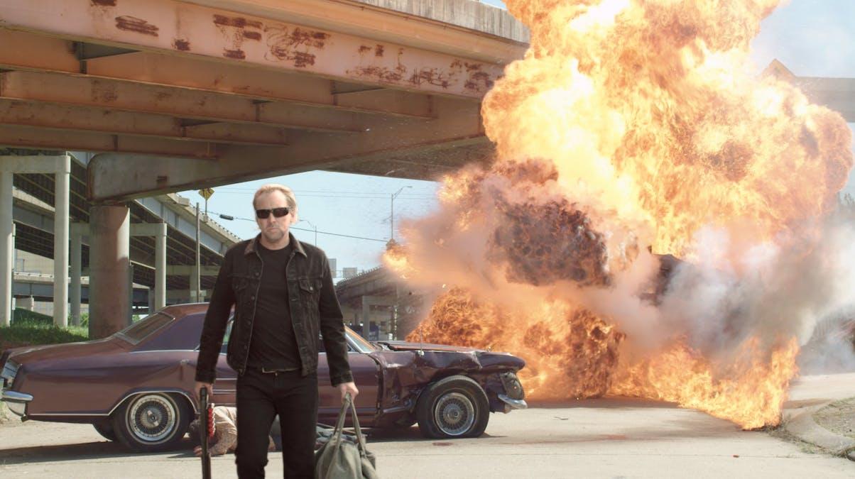 Nicolas Cage, en bil och en stor explosion i Drive Angry. Foto: Summit Entertainment