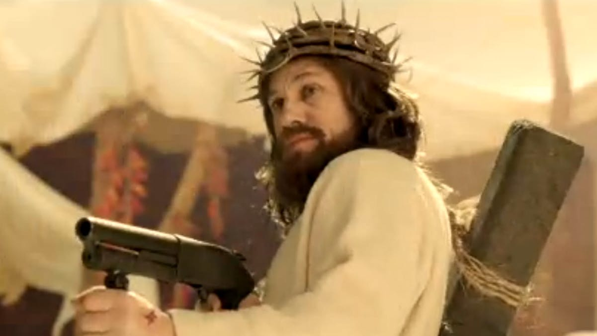 Christoph Waltz som en hämnande Jesus Kristus i en sketch från Saturday Night Live. Foto: NBC.