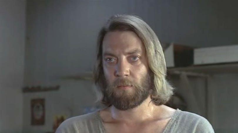 Donald Sutherland som Christ
