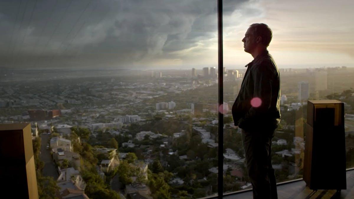 Titus Weller som Harry Bosch. Foto: HBO Nordic/ Amazon Prime.