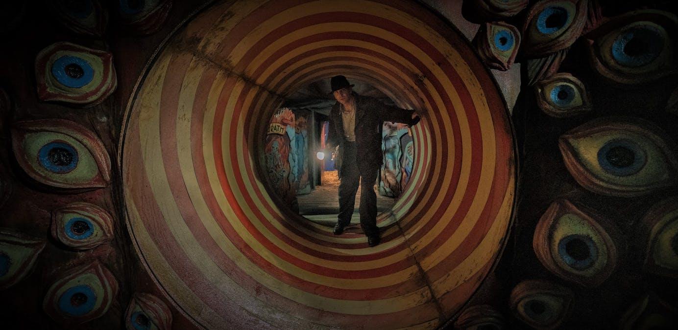 Se trailern till Guillermo del Toros Nightmare Alley