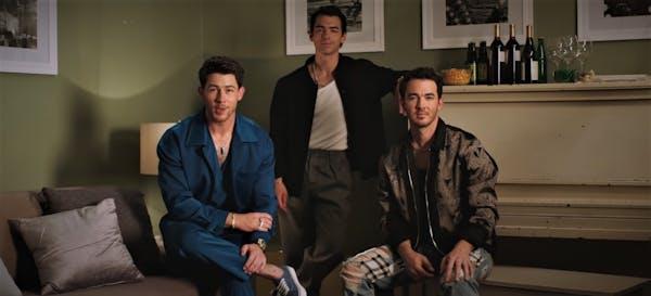 Jonas Brothers blir roastade på Netflix